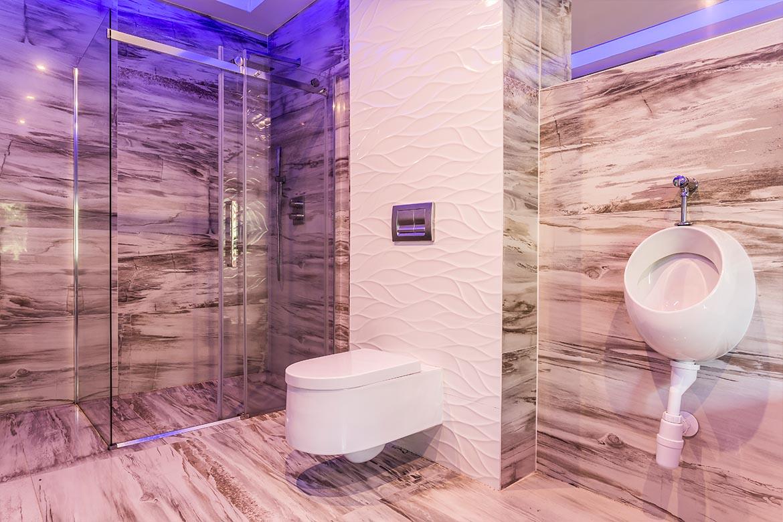 Das raue Badezimmer   Badsanierung   Badrenovierung   Wien