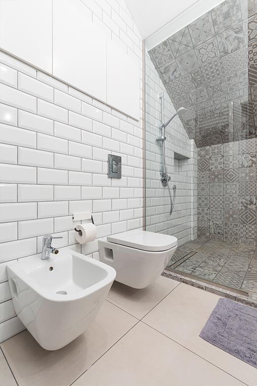 Das praktische Badezimmer | Badsanierung | Badrenovierung | Wien