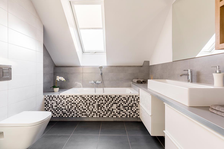 Das strahlende Badezimmer   Badsanierung   Badrenovierung   Wien